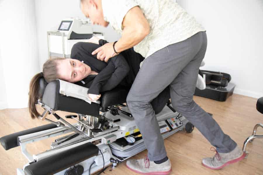 top rated chiropractic services being performed by dr david lipman